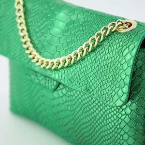 evi slangen crossbodytassen groen goudkleurig (1)